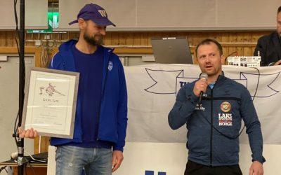 NBF sitt store diplom og fortjenestemedalje tildelt Rolf Røtnes